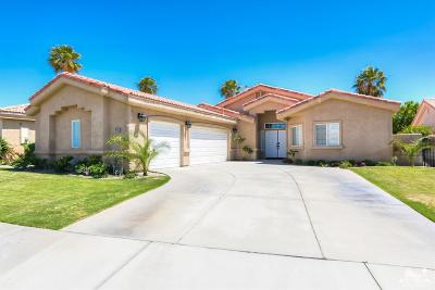La Quinta Single Family Home Contingent: 79525 Morning Glory Court