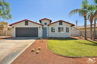 Cathedral City Single Family Home Contingent: 31570 Avenida El Mundo