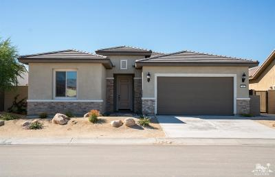 Rancho Mirage Single Family Home For Sale: 43 Bordeaux