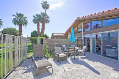 Indio Condo/Townhouse For Sale: 82192 Waring Way