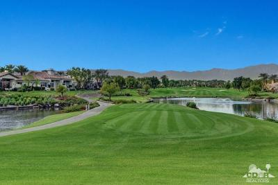 Palm Desert Condo/Townhouse For Sale: 907 Box Canyon Trail