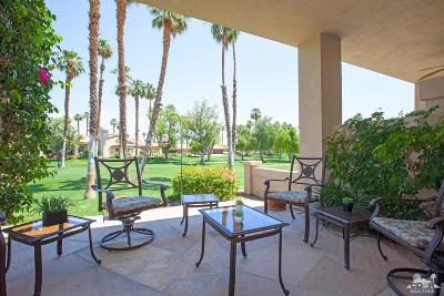 Palm Desert Condo/Townhouse For Sale: 76606 Begonia Lane