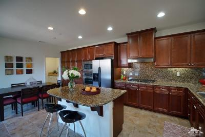 Palm Desert Condo/Townhouse For Sale: 6363 Via Stasera #107