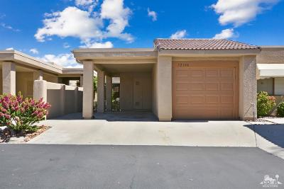 Palm Desert Condo/Townhouse For Sale: 72346 Canyon Lane
