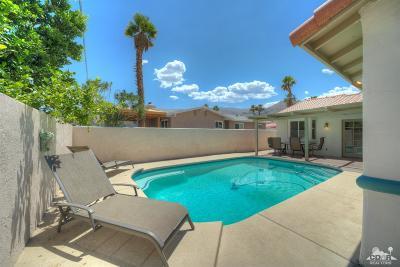 La Quinta Single Family Home For Sale: 54880 Avenida Alvarado