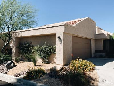 Cathedral City Condo/Townhouse For Sale: 68665 Calle Mancha
