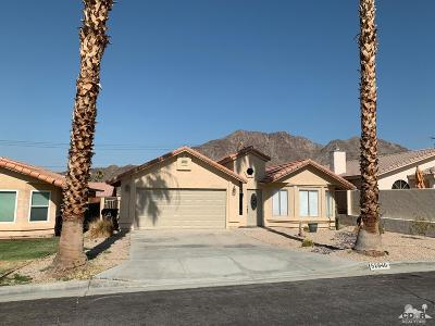 La Quinta Single Family Home Contingent: 52940 Avenida Velasco