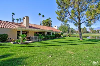 Rancho Mirage Condo/Townhouse For Sale: 139 Racquet Club Drive