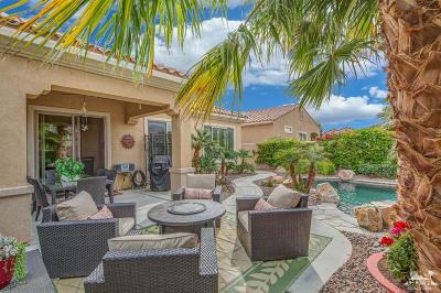 Sun City Shadow Hills Single Family Home Contingent: 81542 Avenida De Baile