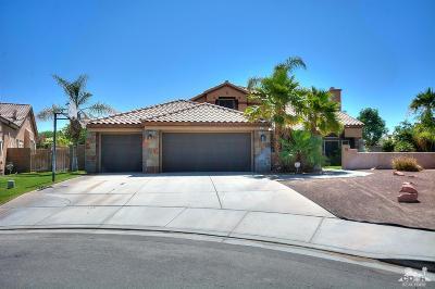 La Quinta Single Family Home Contingent: 79205 Latigo Circle