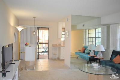 Palm Springs Condo/Townhouse For Sale: 5300 E Waverly Drive #A8