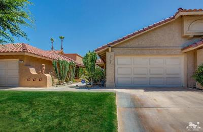 Palm Desert Condo/Townhouse For Sale: 77637 Woodhaven Drive South