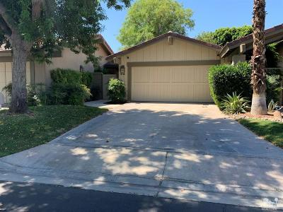 Palm Desert Condo/Townhouse For Sale: 267 N Bouquet Canyon Drive