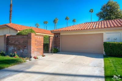 Palm Desert Condo/Townhouse For Sale: 278 Tolosa Circle Circle