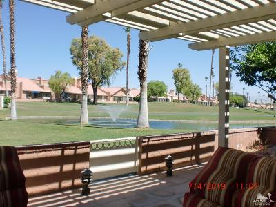 Palm Desert Condo/Townhouse For Sale: 42551 Sultan Avenue