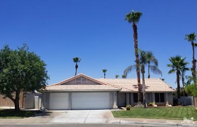 La Quinta Single Family Home For Sale: 79710 Iris Court