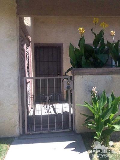 Indio Condo/Townhouse For Sale: 45546 Aladdin Street #B101