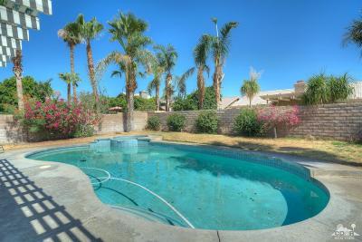 La Quinta Single Family Home Contingent: 78830 Lowe Drive