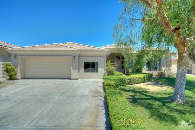 Palm Desert Single Family Home For Sale: 40900 Avenida Rosario