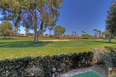 Rancho Mirage Condo/Townhouse For Sale: 64 Sunrise Drive