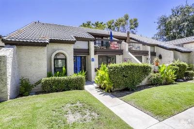 Palm Springs Condo/Townhouse For Sale: 77 Portola Drive