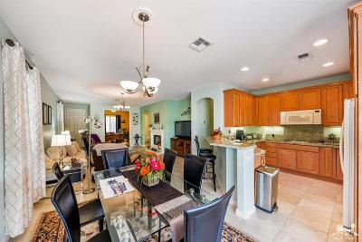 Indio Single Family Home Contingent: 80696 Avenida Los Padres