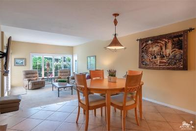 Rancho Mirage Condo/Townhouse Contingent: 71824 Eleanora Lane