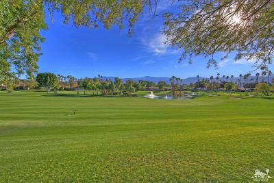 Palm Desert Condo/Townhouse For Sale: 107 Bouquet Canyon Drive
