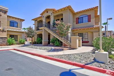 La Quinta Condo/Townhouse Contingent: 50690 Santa Rosa Plaza #5