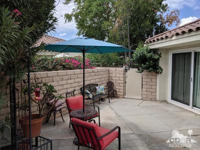 Desert Breezes Single Family Home For Sale: 43520 Via Magellan Drive