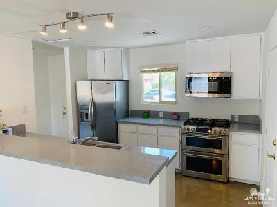 Palm Springs Single Family Home For Sale: 1370 E Adobe Way
