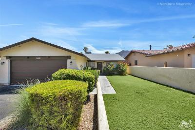 La Quinta Single Family Home Contingent: 52840 Avenida Ramirez