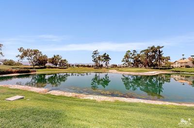 Palm Desert Condo/Townhouse For Sale: 227 Desert Falls Drive East