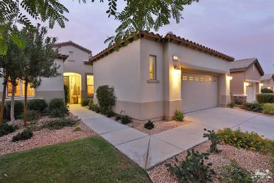 La Quinta Single Family Home For Sale: 81160 Laguna Court