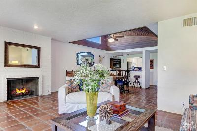 Palm Desert Condo/Townhouse For Sale: 48475 Alamo Drive