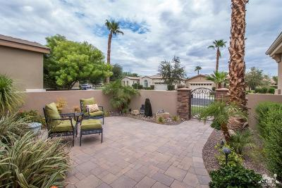 La Quinta Single Family Home Contingent: 81467 Golden Poppy Way