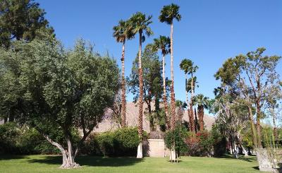 Palm Springs Condo/Townhouse For Sale: 701 N Los Felices Circle West #116