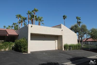Palm Springs Condo/Townhouse For Sale: 1281 E Amado Road