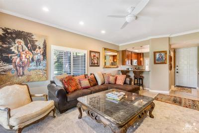 Cathedral City Condo/Townhouse For Sale: 67374 Toltec Court