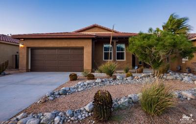 Palm Springs Single Family Home For Sale: 2122 Savannah Way