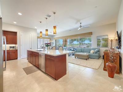 Palm Desert Condo/Townhouse For Sale: 801 Retreat Circle