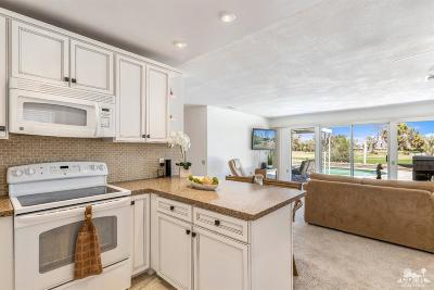 Palm Desert Single Family Home Contingent: 42620 Iowa Street