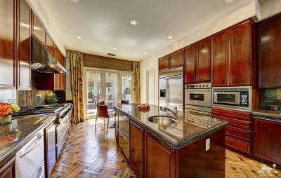 Palm Desert Single Family Home For Sale: 425 Indian Ridge Drive