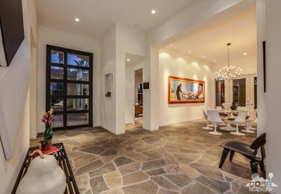 Palm Desert Single Family Home For Sale: 332 Tomahawk Drive