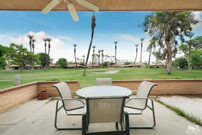 Rancho Mirage Condo/Townhouse For Sale: 15 Granada Drive