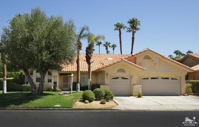 Palm Desert Single Family Home For Sale: 376 Links Drive