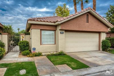 Palm Desert Condo/Townhouse For Sale: 42245 Turqueries Avenue