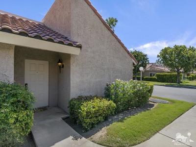Palm Desert Condo/Townhouse For Sale: 74880 San Simeon Drive