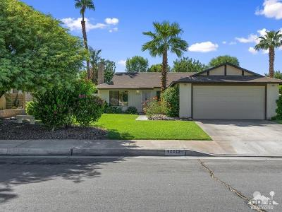 Palm Desert Single Family Home For Sale: 42915 Virginia Avenue