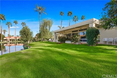 Desert Horizons C.C. Condo/Townhouse For Sale: 75054 Gleneagles Circle